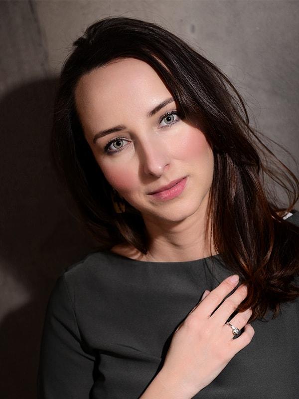 Olga Bajrami Kriegsenkel Kongress